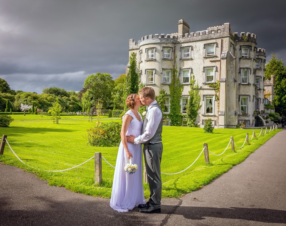 Amy & Kevin were married in Ballyseede Castle in September 2016
